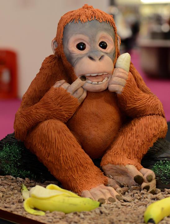 Orangutan-novelty-cake