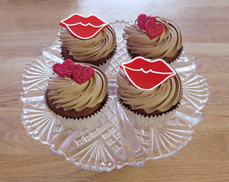 Hearts and Lips Chocolate Cupcakes