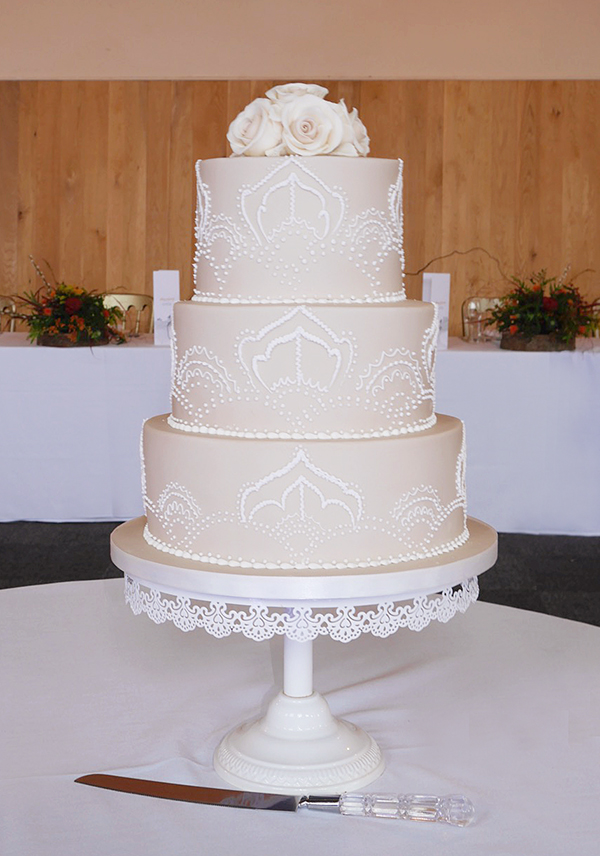 Pretty Pattern Wedding Cake