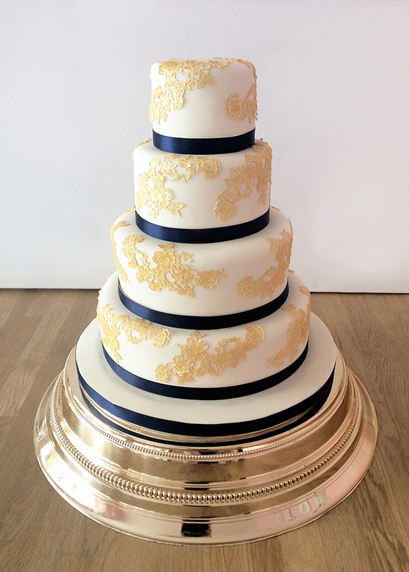 Gold & Navy Asian Wedding Cake