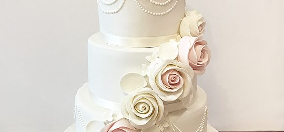 4 Tier Wedding Cake with Pearls and Roses