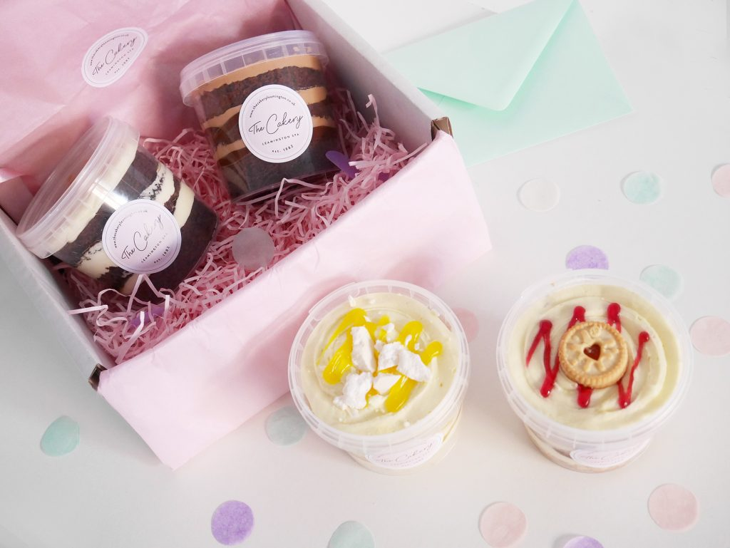 Cake Tubs Mix & Match Postal Box