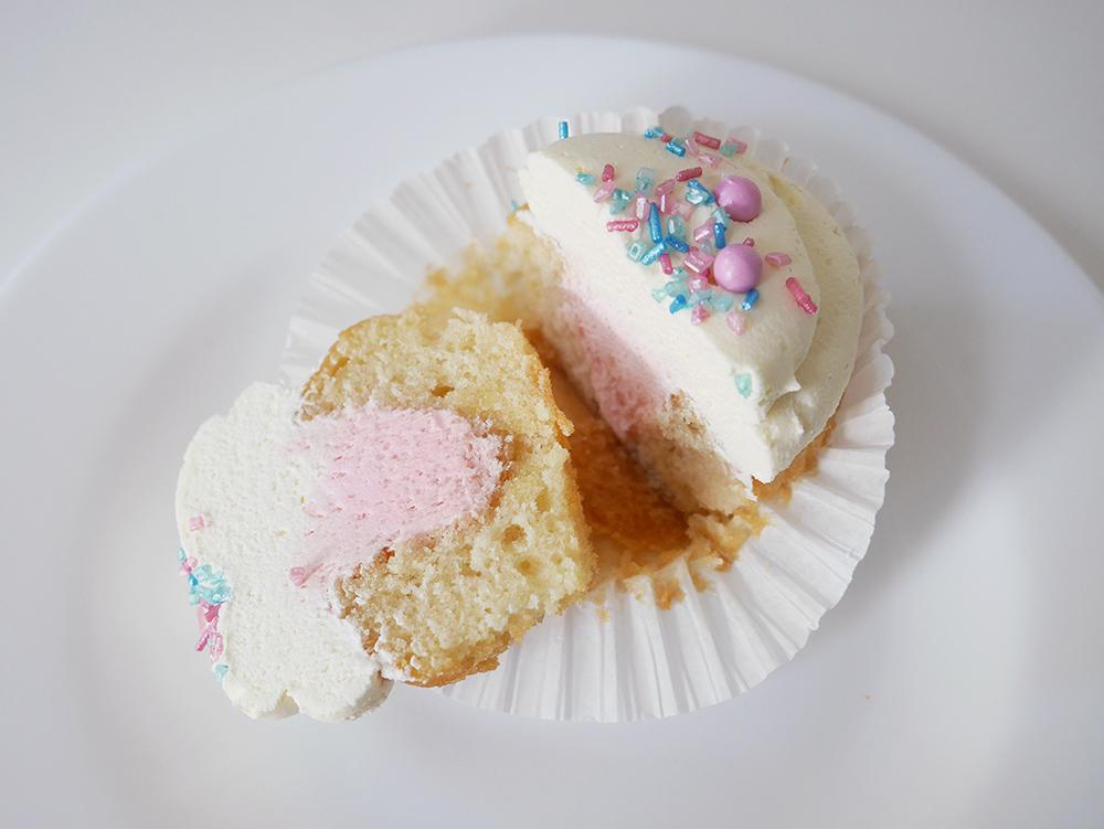 Gender Reveal Cupcake Pink Inside