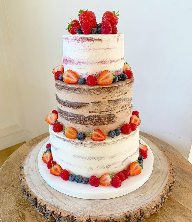 Semi-Naked Wedding Cake in 3 Flavours